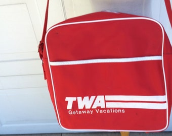 Red TWA Flight Bag 70s Vintage Airline Souvenir Travel Carry On Luggage Overnight Bag Men Women