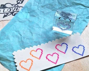 Pixel Heart Rubber Stamp - Mounted Accent