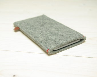 FELT IPHONE 6 COVER - Grey Gray wool - red accent - also for iphone 6 plus