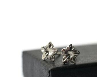 Silver Flower Earrings, Sterling Silver Posts, Sterling Flower Jewelry