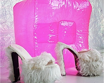 90's White Faux Fur Platform Wedge Slide Sandals // 6