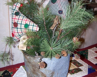 Primitive Christmas Two Wool Plaid Trees from Darlas Closet Decoration for the Holidays