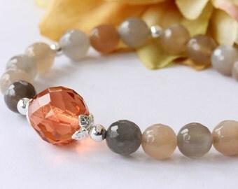 Moonstone Bracelet, Gemstone Bracelet, Strand Bracelet, Beaded Bracelet, Stretch Bracelet, Birthday, Bridal Jewelry, Modern, Mother's Day
