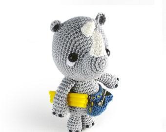 Pippo the rhino - amigurumi plumber - amigurumi pattern (eng)