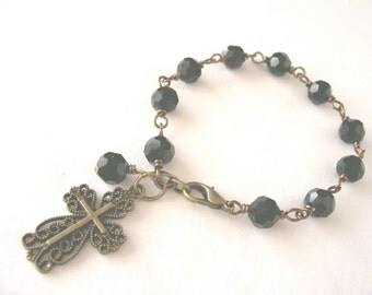 Rosary bracelet, black rosary bracelet, cross bracelet,  prayer beads, spiritual jewelry, Catholic rosary, Great gift idea