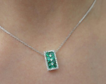 14K White gold emerald and diamonds pendent