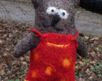Felted woodland bear. Natural wool toy. Eco-friendly toy. Lucy