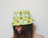 Avocado print bucket hat