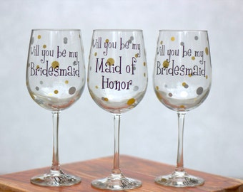 Will you be my Bridesmaid? Maid of honor, Matron of honor wine glasses, 1 Bridesmaid proposal glass. Black Gold Champagne Ivory Presonalized