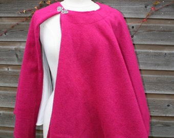 Sample Sale: Pink Wool Capelet , short cape, cloak (Larp, Ren Faire, Dickens Events, Victorian roleplay, fashion) - <READY TO SHIP>