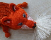Knitted scarf, Faux Fox Scarf, Foxy Fox, Reddish Brown, Point Snout, Slanting Eyes and Emroidered Cheeks - Medium (made to order)