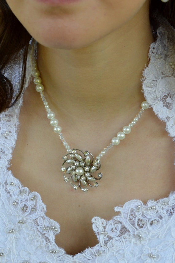 Vintage Rhinestone Pearl Brooch Wedding Necklace with FREE Matching Earrings
