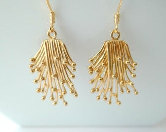 Brass Comet Tail Filigree Earrings