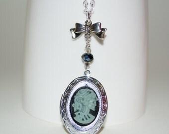 Skull Cameo Necklace, Gothic Jewelry, Skull Girl Cameo Pendant, Gothic Cameo, Skull Locket, Silver Locket Cameo, Gothic Locket, Ladies Skull