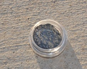 Don't Blink 3g Pigmented Mineral Eye Shadow Jar with Sifter