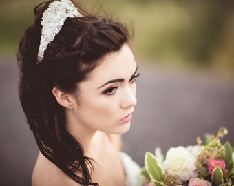 Sample sale Vintage inspired  ivory lace crystal embellished headband tiara