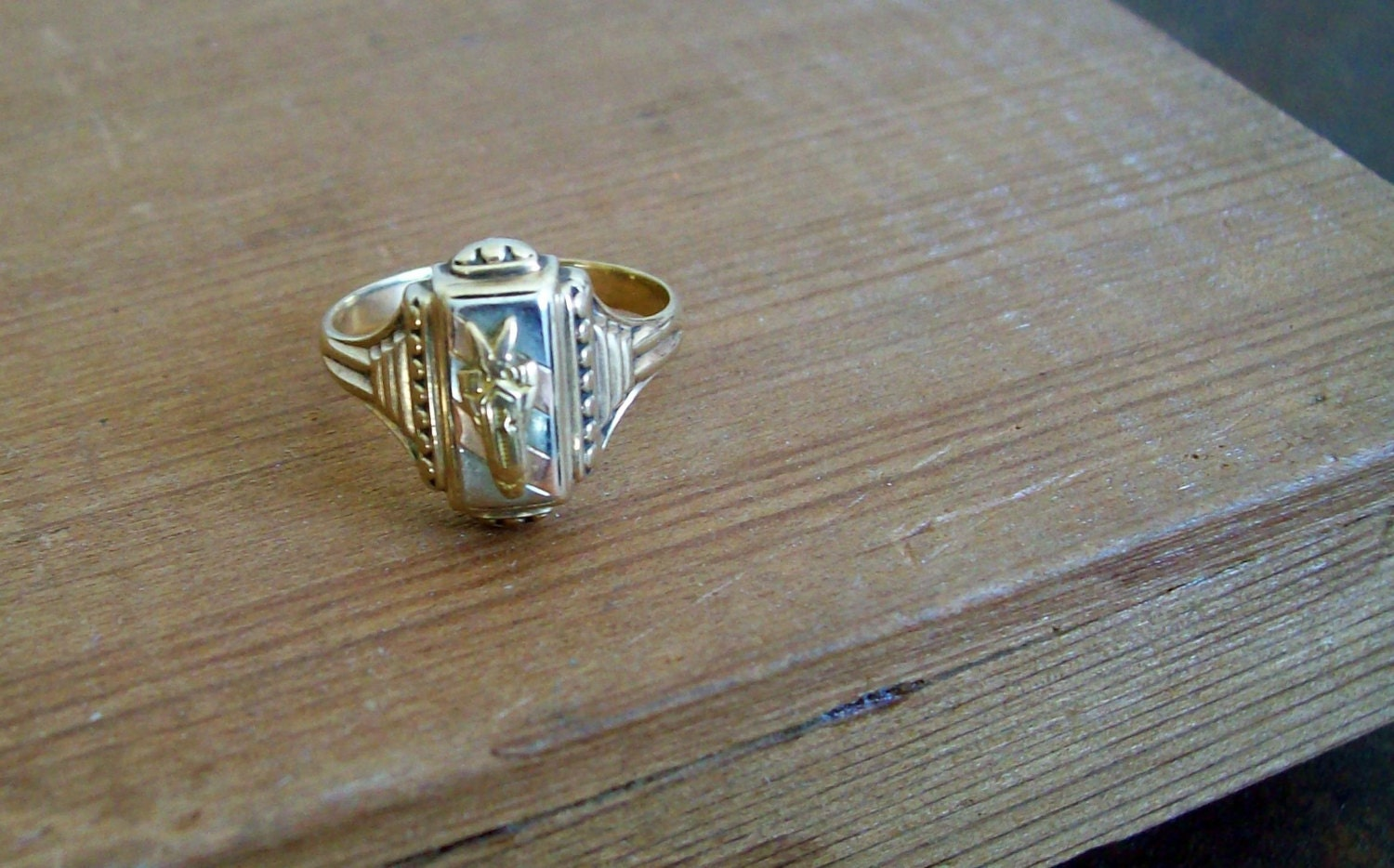 antique 10k gold class ring 1943 bemidji mn by losttreeman