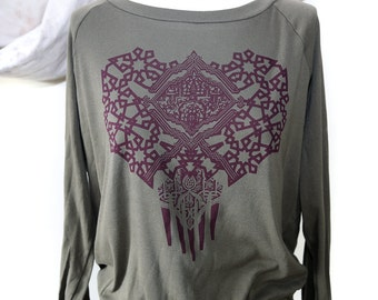 Bold Geometric Pattern on Women's Olive Green / Pullover /  Raglan Sleeve Top