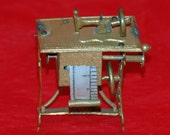 Antique TAPE Measure, SEWING MACHINE, Brass Gilt Tinplate, Late 1800s, see 'Figural Tape Measures' pg147 by Arbittier & Morphy Free Shipping