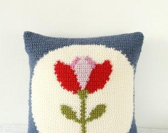Intarsia Crochet Pattern Maker : Crochet Cushion, Robin Pillow, Farmhouse Chic, Modern ...
