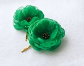 SALE - Green Hair Flowers Wedding Hair Accessories Green Hairpiece Green Flower Clips Emerald Green Hair Flowers Gift for Bridesmaids Gold