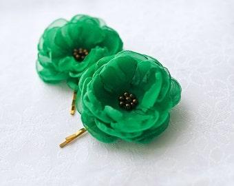 SALE - Green Hair Flowers Wedding Hair Accessories Green Hairpiece Green Flower Clips Emerald Green Hair Flowers Gift for Bridesmaids Gold
