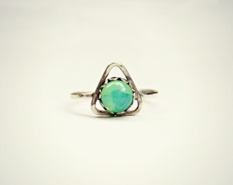 sterling silver triangle ring with glass opal, green opal ring, hammered ring, geometric ring, opal ring, triangle jewelry