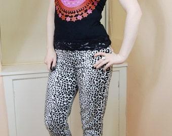 SALE 90s Grunge Hippy Festival Black High Neck Pink Mandala Style Floral Print Lace Trim Tank Top S