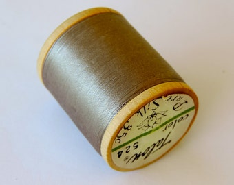 Vintage Talon  Pure Silk Hand Sewing Embroidery Thread 100 Yd. Wooden spool Shade 524 Steel Gray
