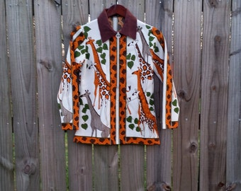S Small Vintage Shirt 60s 70s Giraffe Novelty Print Front Zip Blouse Fall Autumn Long Sleeve Indie Hipster Spring Top Shirt with Collar