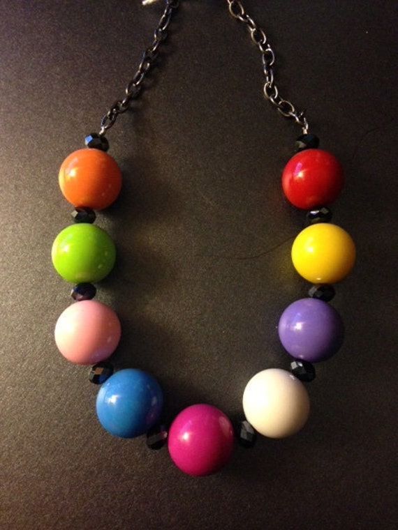rainbow color gumball bead necklace by gumballbeadsgalore