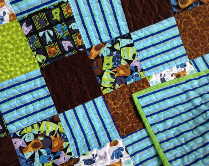 twin size quilt with puppy dogs and minky fabric - Twin Quilts