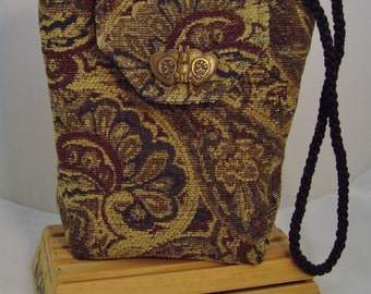 Handcrafted Antique Paisley Tapestry Fully-Lined Shoulder Bag with Interior Pockets
