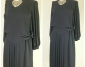 Vintage BLACK DRAPEY DRESS/size Small-Medium