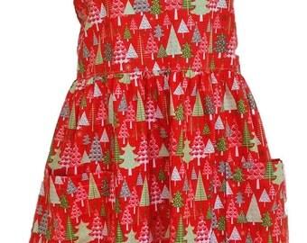 "Mommy's ""Little Christmas trees"" print apron  size Medium"