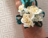 chose rose color wedding prom Mothers Day wrist corsage ivory red orange yellow purple turquoise aqua pink teal white brown champagne grey