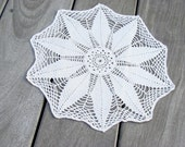 French vintage doily, ecru, handmade crochet, flower star design, beach house decor