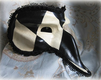 Venetian masked ball, Renaissance Fair , masquerade, fancy dress, black and white, long nose, Venice carnival mask