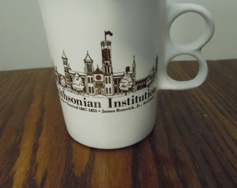 Vintage Smithsonian Institution Souvenir Mug - The Castle -  Collectible Souvenir - Bennington Vermont Potters