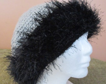 Crocheted Hat with Wool and Faux Fur Trim / Gray / Grey / Black