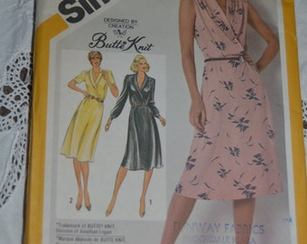 Vintage 80s Butterick 3659 Misses Dress Sewing PAttern  - Size B (10 12 14 )- UNCUT