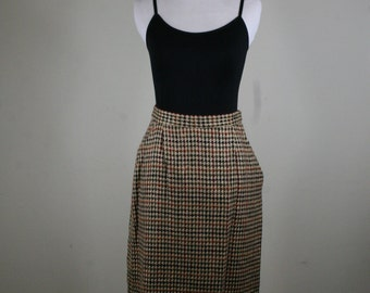 1980s Wool Houndstooth Pencil Skirt with Pockets