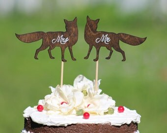 Fox Wedding Cake Topper - Mr & Mrs -  Rustic Country Chic Wedding
