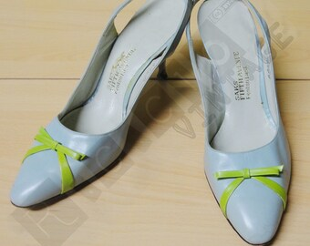 Vintage light blue 50s sandals with little yellow bow