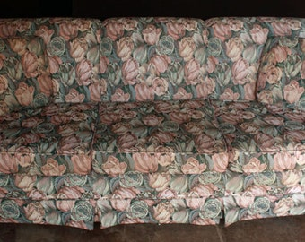 """Beautiful Vintage """"Pennsylvania House"""" Floral Roses Couch Sofa"""