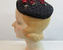 1950s blue and red flower straw fascinator hat with velvet trim | vintage 50s hat with red flowers | The Violet Hat