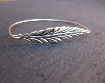 Sterling Silver Long Leaf Bangle Bracelet, Woodland Jewelry, Spring Wedding Jewelry, Sterling Silver Bangle, Autumn Jewelry, Bridesmaid Gift