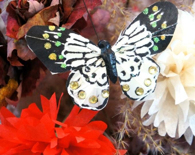 Butterfly Pick - FRENCH VANILLA