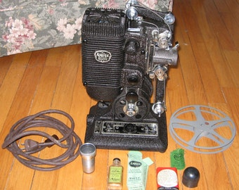 Ampro Precision 16MM Projector, Original Case, Manuel,  Accessories, Works!