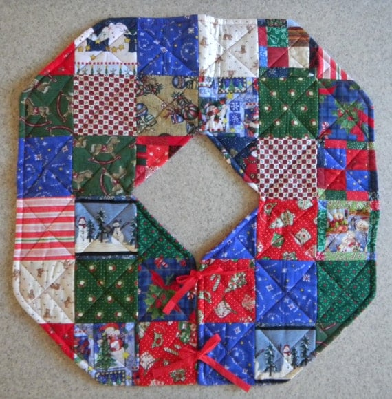 Quilted Christmas Tree Skirt Pinterest : Quilted Christmas Tree Skirt by Codysquilts on Etsy